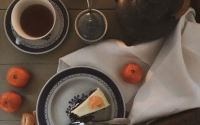 Gulerodskage med clementin-ostecreme